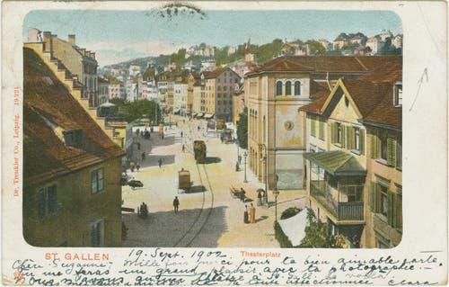 Der Bohl vom Brühltor her um 1900. Links ist das Waaghaus von hinten zu erkennen, rechts ein Wohnhaus und das Stadttheater. (Bild: Sammlung Reto Voneschen)