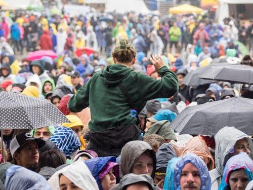 Open Air OpenAir St. Gallen 2017. Do 29. Juni bis SO 2. Juli 2017. Sonntagnachmittag:Bilder vom Konzert der Sängerin Lord mit Band auf der grossen Bühne vor grossem Publikum. (Bild: Hanspeter Schiess)