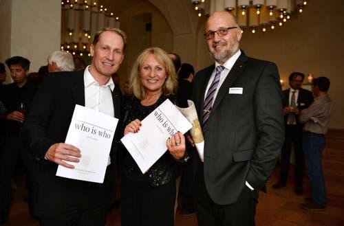 Dieter Bachmann mit Schwester Regula Marti und Andreas Sallmann. (Bild: Nana do Carmo)