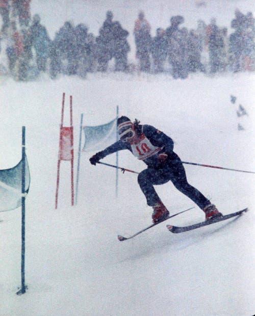 Der nächste Erfolg für Marie-Theres Nadig. Sie gewinnt am 8. Februar 1972 auch den Riesenslalom. (Bild: Keystone/EPU/Str)