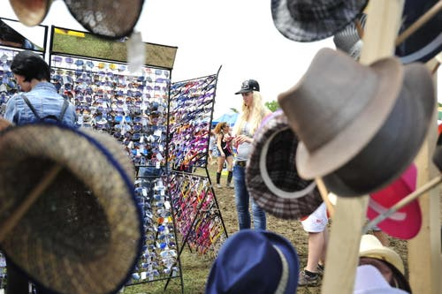 ...und hier können diese Hüte gekauft werden. (Bild: Mario Testa)