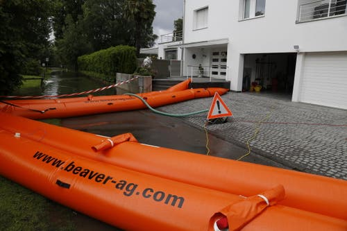 Haus in Altenrhein in Nähe Dorfbad muss mit Hochwassersperren geschützt werden. (Bild: Rudolf Hirtl)
