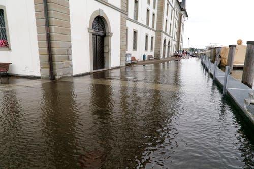 Wasser beim Kornhaus in Rorschach. (Bild: Rudolf Hirtl)