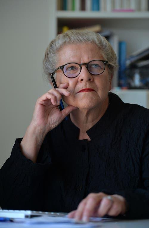 Kategorie Medien: Journalistin Brigitta Hochuli prägte viele Jahre das Tagblatt im Thurgau, 2010 kam sie als Redaktionsleiterin zum Onlineportal thurgaukultur.ch. Im August lancierte die 65-Jährige den Omama-Blog. (Bild: Reto Martin)
