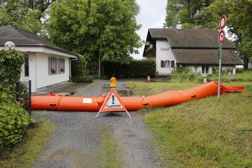 Weitere vorsorgliche Sperre im Dorfteil Altenrhein. (Bild: Rudolf Hirtl)