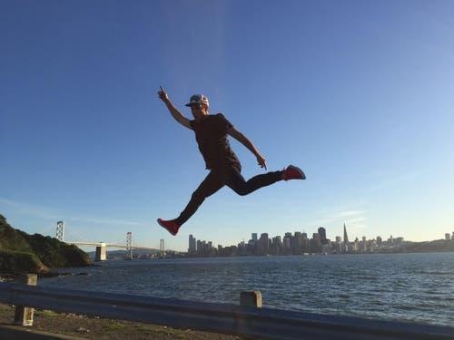 Auf dem Sprung in San Francisco... (Bild: pd)