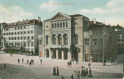 Das Theater nach der Sanierung und Erweiterung um 1920. (Bild: Sammlung Reto Voneschen)