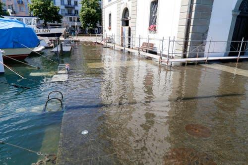 Hochwasser beim Kornhaus in Rorschach. (Bild: Rudolf Hirtl)