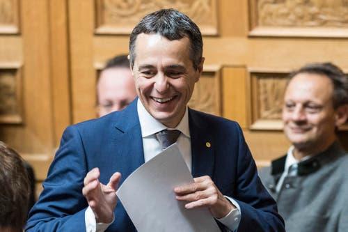 Ignazio Cassis, FDP-TI, freut sich über seine Wahl zum 117. Mitglied des Bundesrates. (Bild: Keystone)