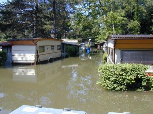 Der Campingplatz Idyll in Altenrhein war durch das Hochwasser vollständig unter Wasser. (Bild: Archiv/Umberto w. Ferrari)