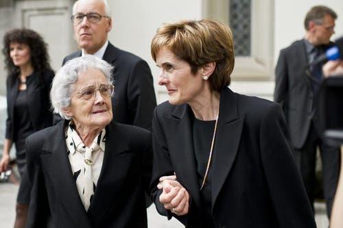 Mutter Anna (links) und Schwester Elisabeth von Witwe Paola Felix. (Bild: Keystone)