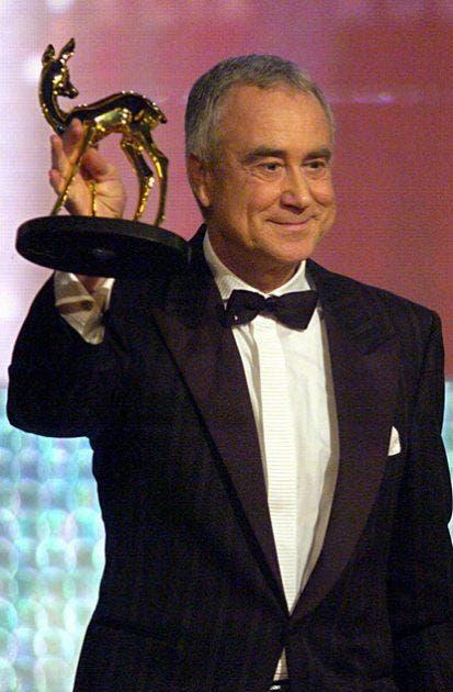 Kurt Felix bei der Bambi-Verleihung im November 2003. Felix wurde mit dem Bambi für sein Lebenswerk ausgezeichnet. (Bild: Keystone / EPA)