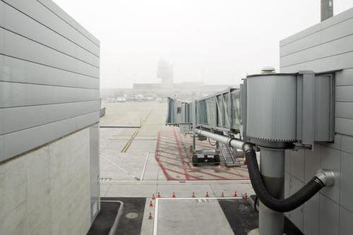 Das neue Dock B erlaubt nach seiner Inbetriebnahme am 1. Dezember eine flexible Abfertigung von Schengen- und Non-Schengen- Flügen auf insgesamt bis zu neun Dockstandplätzen. (Bild: Keystone / Alessandro della Bella)
