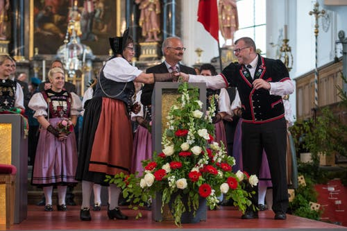 Feier des Entlebucher Amts- und Wyberschiesset in der katholischen Kirche in Schüpfheim mit den Festsiegern Alice Stalder und Erwin Emmenegger (Bild: Dominik Wunderli)