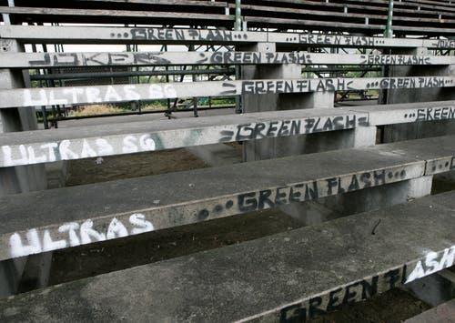 Selbst auf den Stehrampen verewigten sich die Fans. (Ralph Ribi)