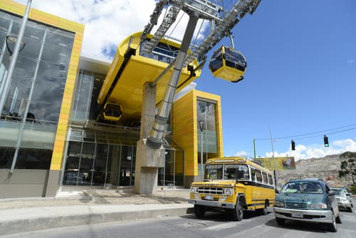 Die «Linea Amarilla» befindet sich ebenfalls in La Paz und verbindet zwei Stadtteile miteinander. Die Seilbahn ist 3883 Meter lang. Die Fahrzeit beträgt 13,5 Minuten. (Bild: PD)