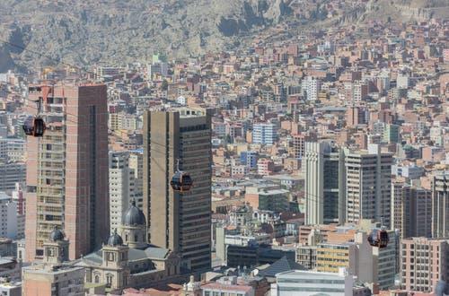 Die «Linea Naranja» ist bereits die fünfte Linie, die die Doppelmayr/Garaventa Gruppe in La Paz/El Alto realisierte.