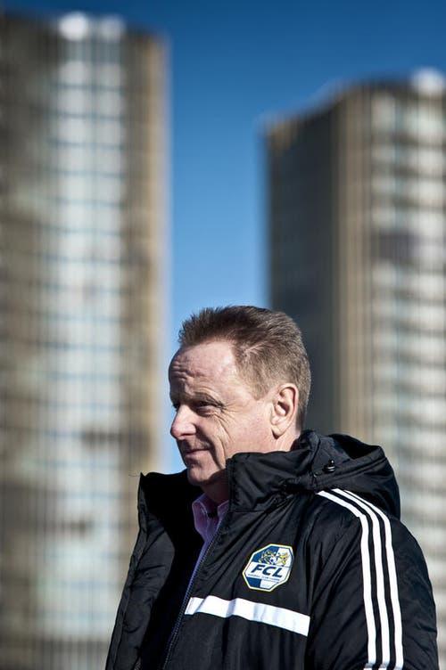 Danach kam Rolf Fringer. Er trainierte den FC Luzern von Oktober 2008 bis Mai 2011. Im Jahre 2015 wurde er dann, bis zu seiner Entlassung ein Jahr später, zum Sportchef des FC Luzern. (Bild: Pius Amrein)