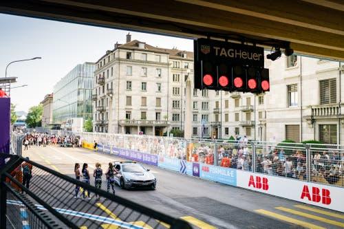 Der Safety Car vor dem Start (Bild: Manuel Lopez / PPR (Zürich, 10. Juni 2018))