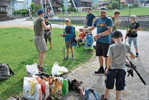 Die Nachwuchsfischer zeigten grosses Interesse am Kurs. (Bilder PD)
