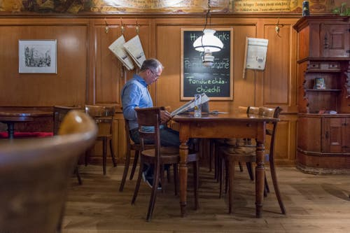 Blick in die Gaststube des Restaurant National («Naz» oder «Goldener Löwen»). (Bild: Benjamin Manser - 6. Oktober 2015)