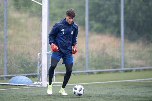 U21-Torhüter Nicolas Staubli (19) trainierte am Mittwoch mit der 1. Mannschaft mit. (Bild: Pius Amrein (Luzern, 13. Juni 2018))