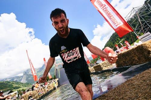 Geschafft: Dieser Teilnehmer schreit seine Freude heraus. (Bild: PD)