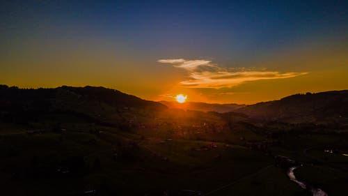 Sonnenuntergang im Toggenburg. (Bild: Renato Maciariello)