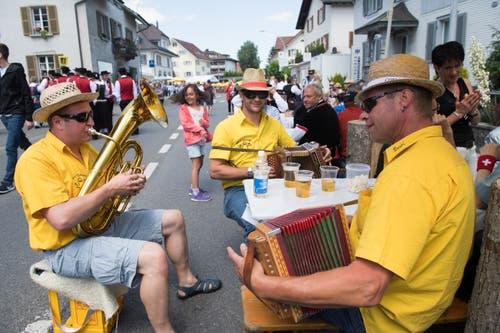 Impressionen vom 62. Zentralschweizerischen Jodelfest in Schötz. (Bild: Eveline Beerkircher (Schötz, 23. Juni 2018))