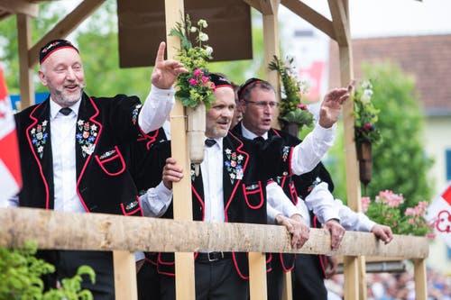 Festumzug am Jodlerfest Schötz. Im Bild: Jodlerklub Fruttklänge Kerns. (Bild: Manuela Jans-Koch. Schötz 24.Juni 2018)
