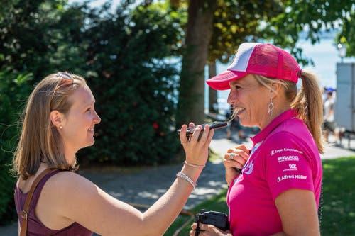 Die Organisatorin Kathrin Sonderegger wird interviewt (Bild: Christian H. Hildebrand, 23. Juni 2018).