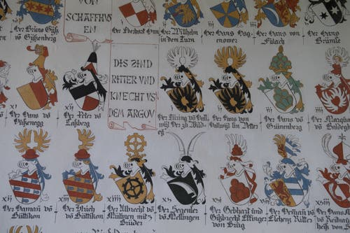 Die Namen und Wappen der gefallenen Habsburger. (Bild: Boris Bürgisser, 18. Juni 2018)