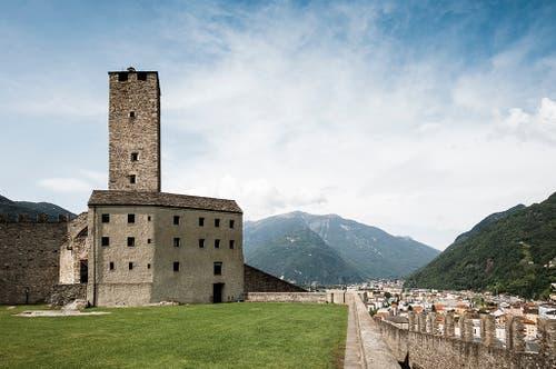 Bellinzona: Im Turmzimmer des Castelgrande kann übernachtet werden.