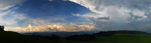 Wetterbild über Engelburg (Bild: Walter Schmidt)