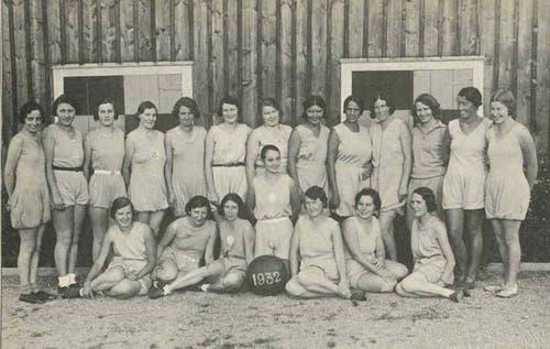 Das erste Gruppenbild 1932 der Leichtathletik- Damenabteilung.