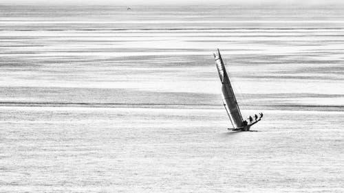 Sportliches Vergnügen auf dem Bodensee bei Arbon (Bild: Irmgard Sonderer)