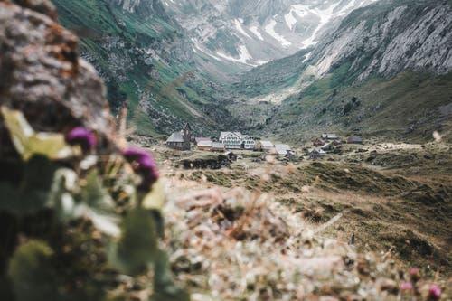Sicht auf die Meglisalp. (Bild: Nicolas Giovanettoni)