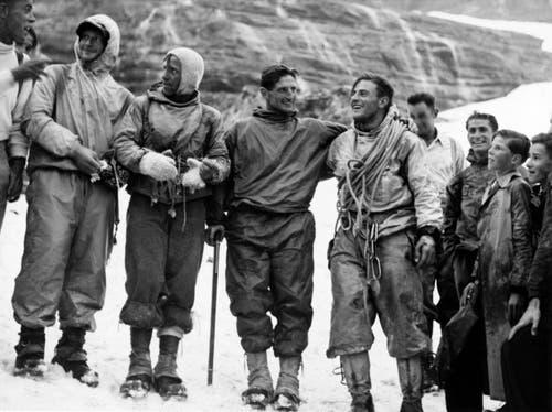"""Am 24. Juli 1938 gelang es Heinrich Harrer, Ludwig """"Wiggerl"""" Voerg, Andreas Heckmair und Fritz Kasparek (von links nach rechts) die Eigernordwand als erste Alpinisten zu begehen. (Bild: Keystone/ Photopress-Archiv/ Str)"""