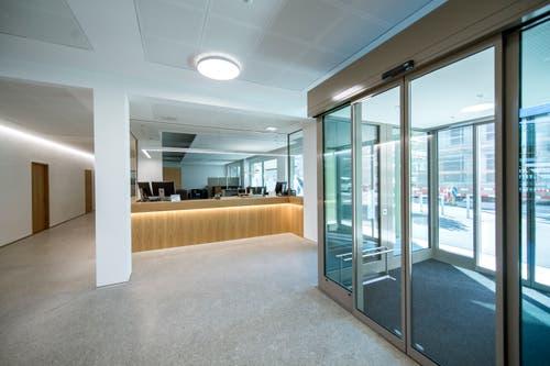 Eingangsbereich des neuen Verwaltungsgebäude der Gemeinde am Standort Weihermatte 4. Bild: Pius Amrein (Malters, 16. Juli 2018)