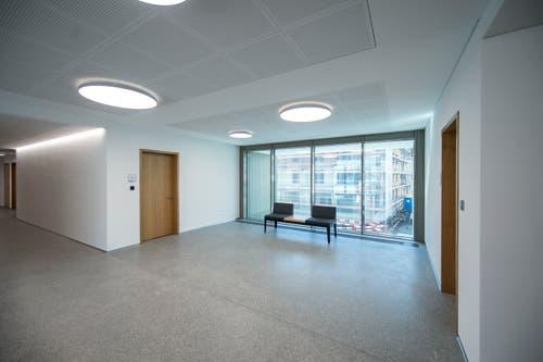Für den Innenausbau des Verwaltungsstockwerkes war Architekt Daniel Schumacher von den Luzerner Tripol Architekten verantwortlich. Bild: Pius Amrein (Malters, 16. Juli 2018