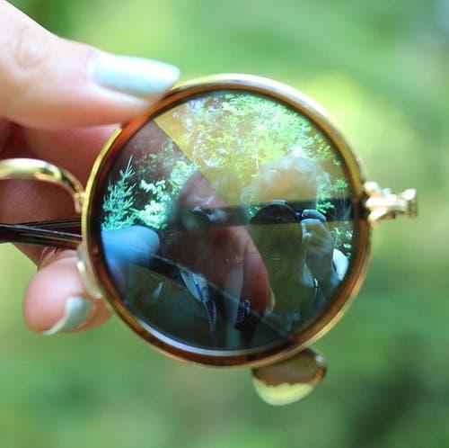 Foto durch die Sonnenbrille der Pfadi Seppel. (Lagerbild)