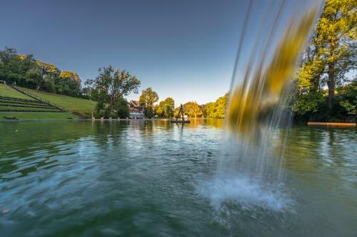 Wieder beginnt ein Traumtag an den Drei Weieren in St. Gallen. (Bild: Christian Wild)