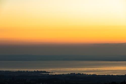 Vor dem Sonnenaufgang auf dem Chapf. (Bild: Christian Wild)