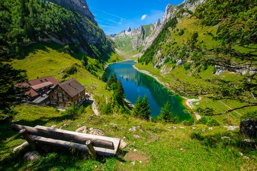 Auf der Bollenwees im Alpstein (Bild: Simon Schönenberger)