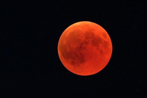 Mondfinsternis in Landmark (Bild: Hans Aeschlimann)