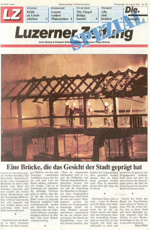 Die Luzerner Zeitung (sowie die LNN) veröffentlichten am nächsten Tag eine Spezialausgabe zum Brand der Kapellbrücke. (Archivbild LZ)