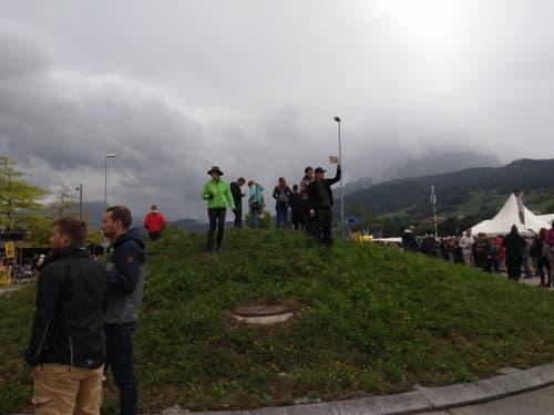 Düstere Aussichten: Wer jetzt noch verzweifelt ein Ticket für das Konzert sucht, wird vielleicht hier fündig. (Bild: Chiara Zgraggen)