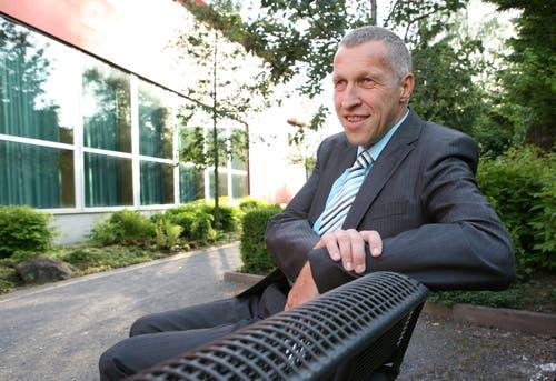 Die CVP Luzern nominiert im Mai 2007 ihre Ständeratskandidaten im Kulturzentrum Braui in Hochdorf. Einer der drei Kandidaten ist Konrad Graber-Wyss. (Bild: Archiv LZ)