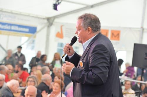 Stadtpräsident Thomas Niederberger sang «Ewigi Liäbi». Gewidmet seiner Frau und der Stadt Kreuzlingen.