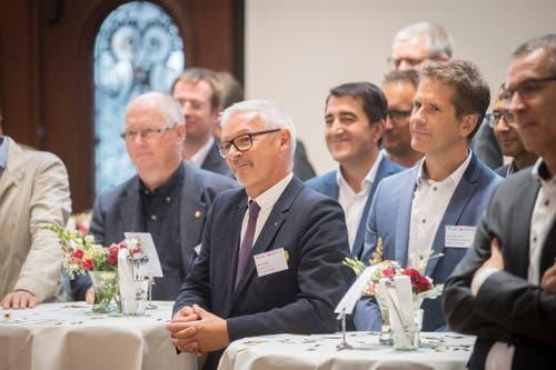 Regierungsrat Martin Klöti verfolgt den Talk mit Interesse. (Bild: Urs Bucher)